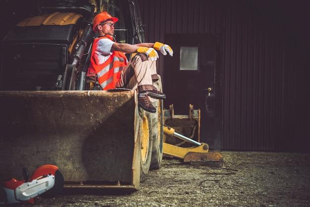 Bulldozer baggerbetreiber