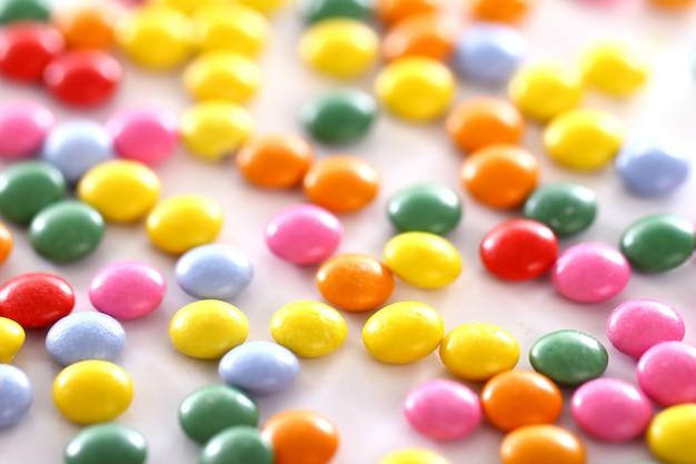 Bunt glasierte bonbons