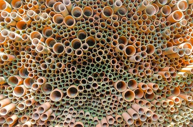 Bunt von den keramikfliesen an der wand