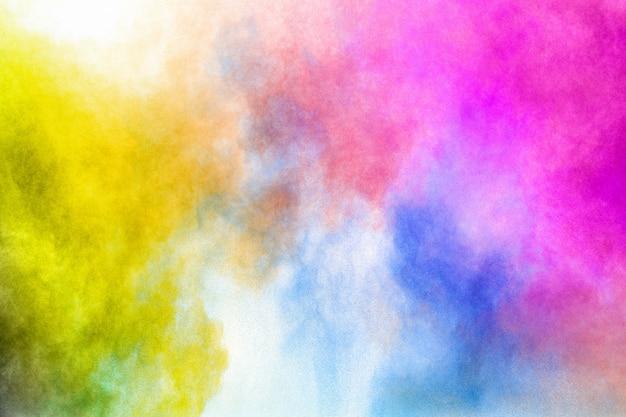 Bunte explosion für happy holi-pulver. farbe pulver explosion hintergrund.