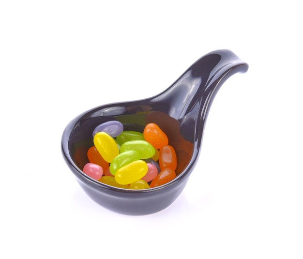 Bunte gummibärchen in einer kugel