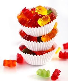 Bunte gummibärchensüßigkeiten