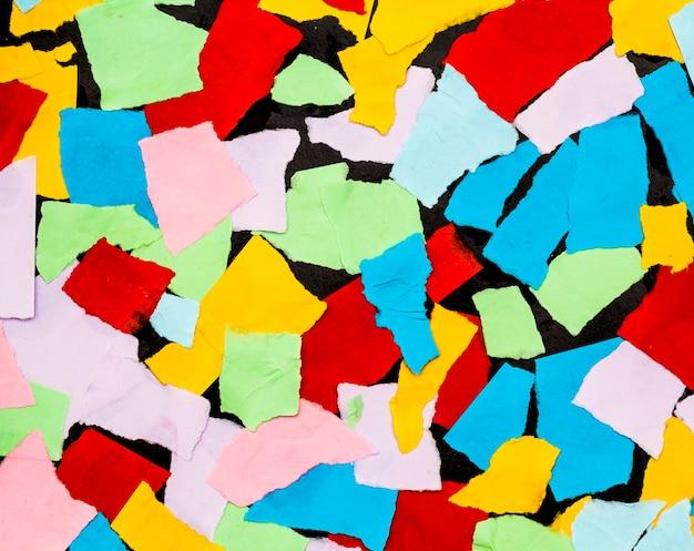 Bunte papierstücke für hintergrund