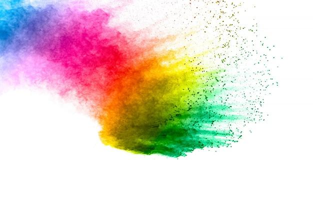 Bunter hintergrund der pastellpulver-explosion. mehrfarbiger staub spritzt auf weißem hintergrund. gemaltes holi.