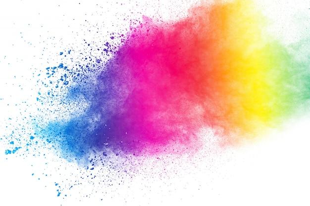 Bunter hintergrund der pastellpulverexplosion farbstaubspritzen auf weißem hintergrund.