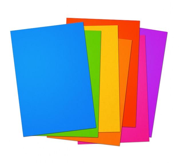 Bunter regenbogen-leerer a4-papierblattbereich auf weißem hintergrund