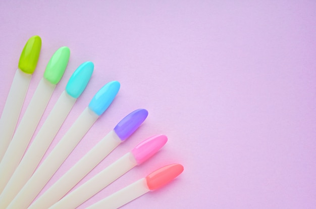 Buntes gel-nagellack-set für die maniküre