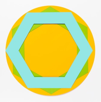 Buntes papierhexagon der draufsicht