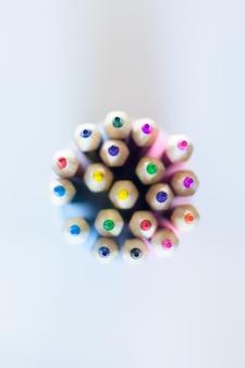 Buntstifte mehrfarbige draufsicht