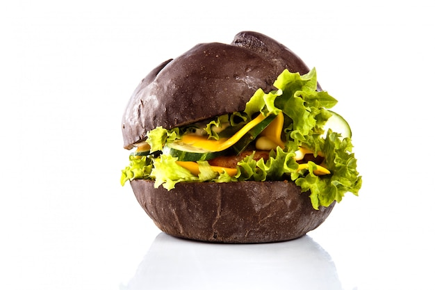 Burger auf einer weißen nahaufnahme