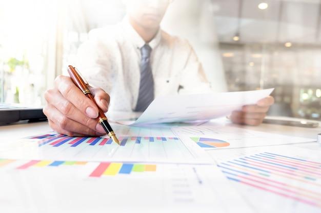 Business analysieren idee konzept.