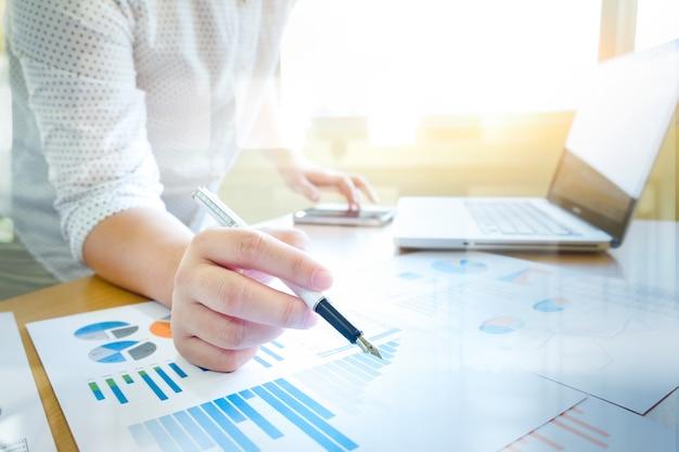 Business analysieren konzept idee hintergrund.