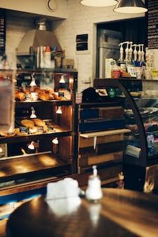 Café süßigkeiten bäckerei, verkauf von kuchen