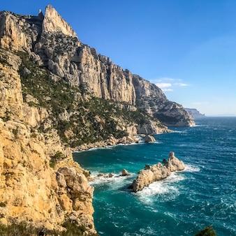 Calanques-meerblick und berge, bäche von marseille, france