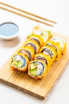 California maki rollt sushi
