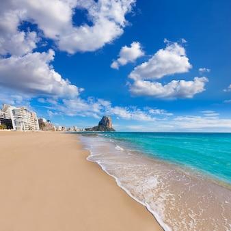 Calpe playa arenal bol strand in der nähe von penon ifach alicante
