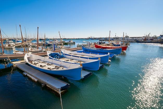Cambrils hafenhafen in tarragona katalonien