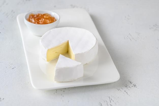 Camembertkäse