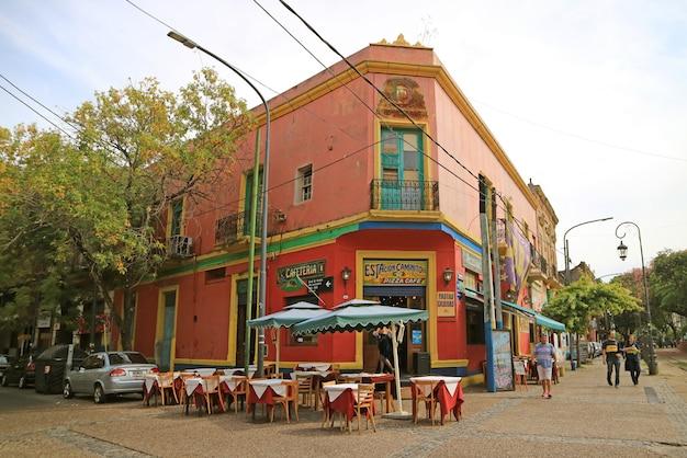 Caminito gasse in der la boca nachbarschaft, buenos aires, argentinien