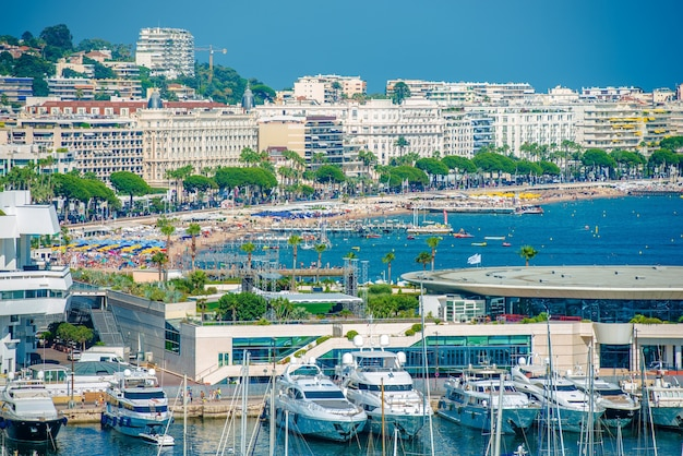 Cannes waterfront frankreich
