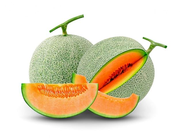 Cantaloupe melone lokalisiert auf weißem hintergrund