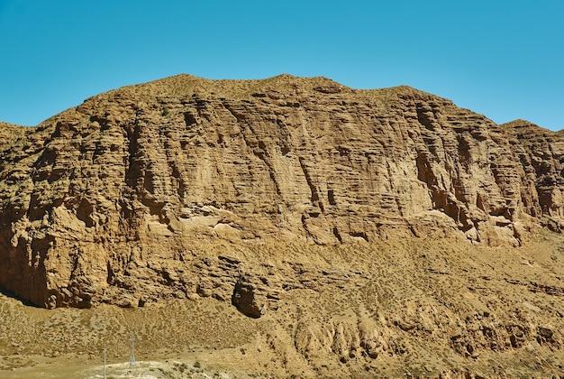 Canyon kekemeren, naryn region, tian shan-gebirge in kirgisistan, zentralasien,