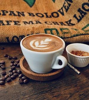 Cappuccino trinken 100% arabica