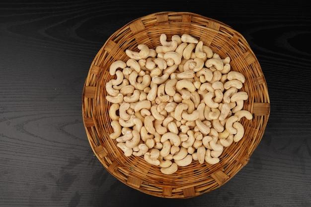 Cashewnüsse in toki