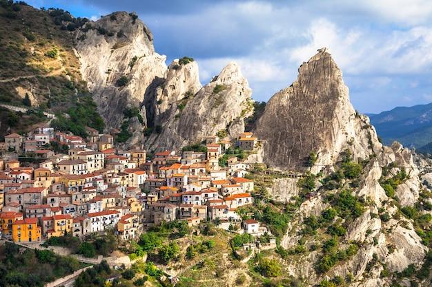 Castelmezzano, bergdorf. unglaubliche italien-serie, basilikata