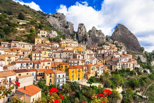 Castelmezzano, schönes bergdorf in der basilikata, italien