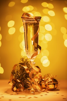 Champagne bereit, das neue jahr, weihnachtskarte, weihnachten herein zu holen