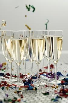 Champagner in gläsern