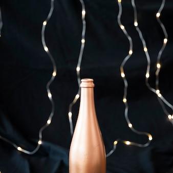 Champagnerflasche mit girlande