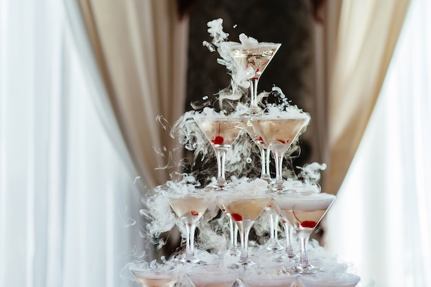Champagnerglaspyramide