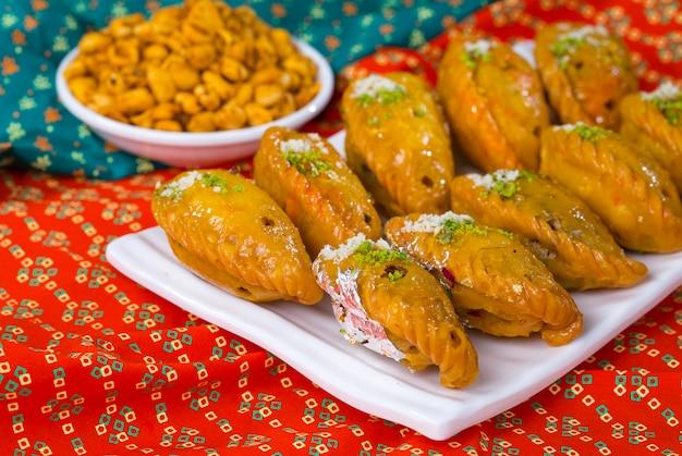 Chandrakala süß