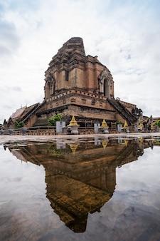 Chedi luang tempel chiang mai