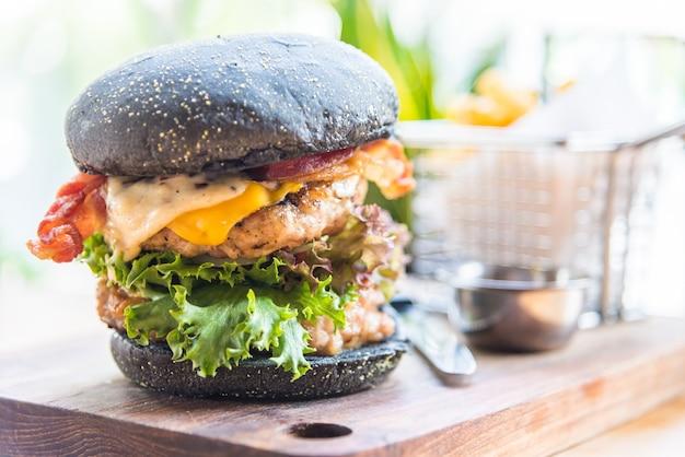 Cheeseburger köstlich zwiebel mittagessen brötchen