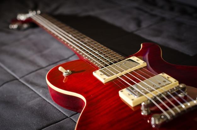 Cherry red les paul typ e-gitarrensteg tuneomatic und lautstärkeregler