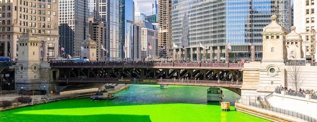 Chicago, das fluss färbt