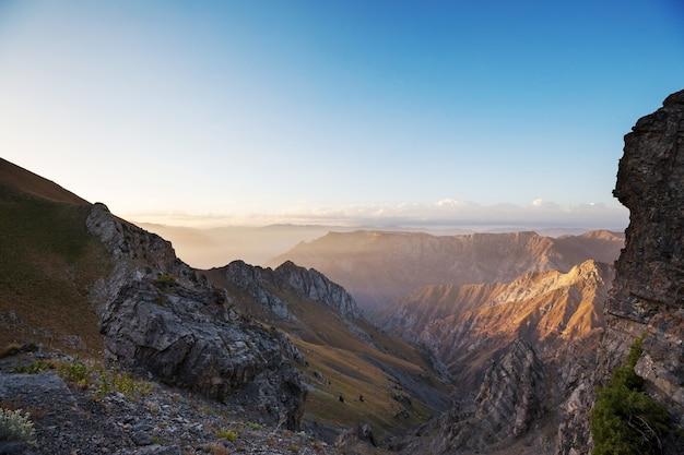 Chimgan berge nahe taschent stadt, usbekistan