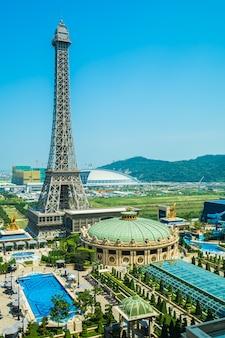 China, macau - 10. september 2018 - schöner eiffelturmmarkstein des pariser hotels und des r