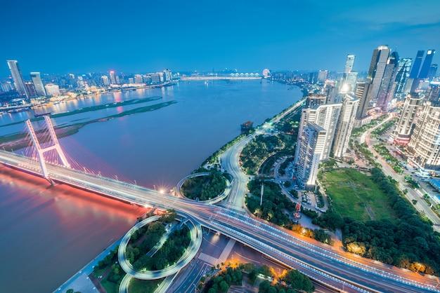Chinas shenzhen-stadt in der nacht