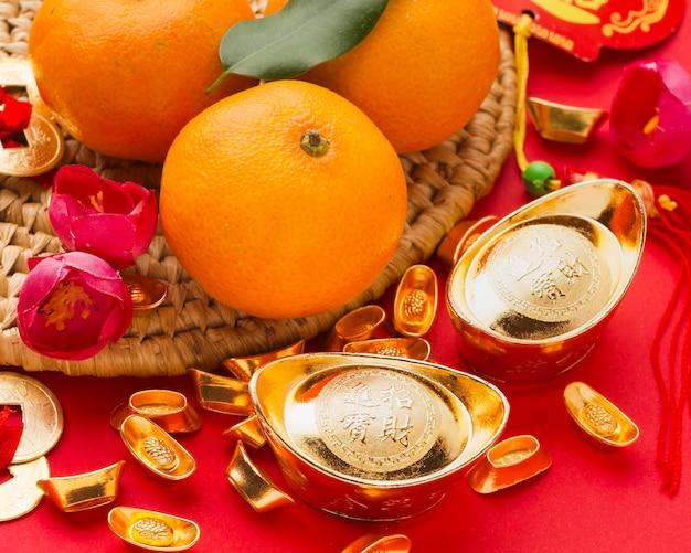 Chinesische glückskekse und orangen des neuen jahres 2021