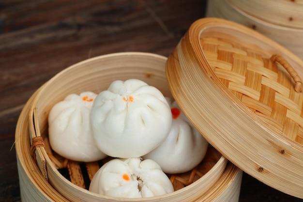 Chinesische mehlklöße gedämpfte brötchen