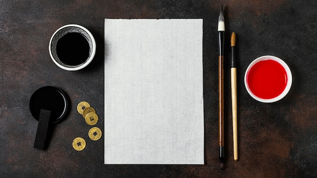 Chinesische tinte mit leerem kartensortiment