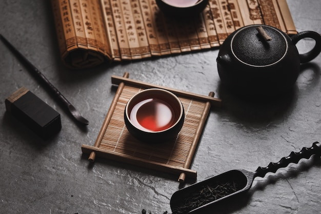 Chinesischer schwarzer tee
