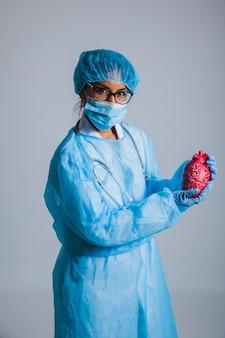 Chirurg und herz