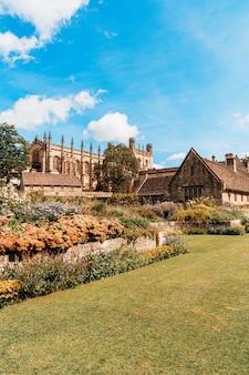 Christ church mit war memorial garden in oxford, großbritannien