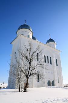 Christliche kirche auf dem territorium des orthodoxen priorats