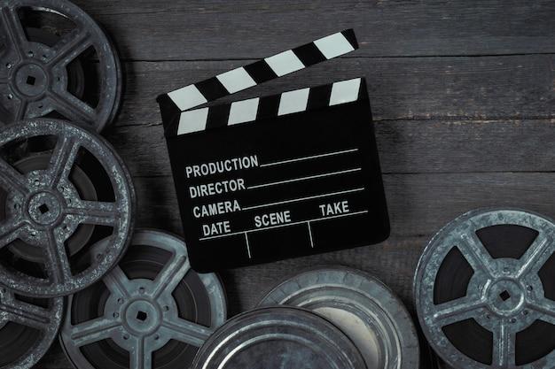 Clapperboards und filmrolle